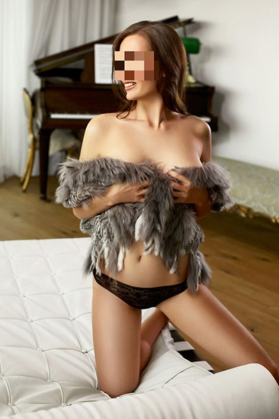 Heidi can do incall and outcall tantric massage in London
