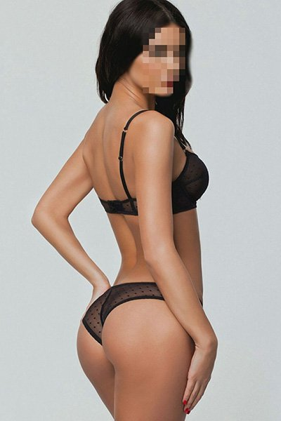 Diana is an experienced and sensual masseuse specialising in body to body massage