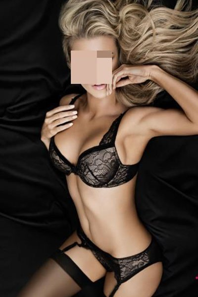 Ivy does incall and outcall massage