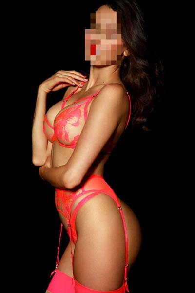 Rosie has been offering great massage for years in london